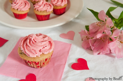 GF Vegan Valentine Cupcakes-2