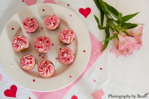 GF Vegan Valentine Cupcakes-3